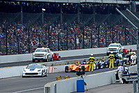Verizon IndyCar Series<br /> Indianapolis 500 Race<br /> Indianapolis Motor Speedway, Indianapolis, IN USA<br /> Sunday 28 May 2017<br /> Due to a red flag the cars come to a stop in pit lane with Fernando Alonso, McLaren-Honda-Andretti Honda as the leader.<br /> World Copyright: F. Peirce Williams<br /> LAT Images