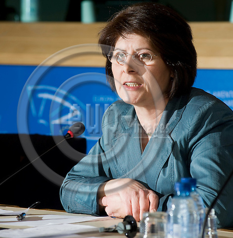 Brussels-Belgium - March 16, 2010 -- MEP Renate SOMMER (EPP/DE, CDU) from Germany, member of the Group of the European People's Party (Christian Democrats) in the European Parliament, i.a. member of the Committee on Civil Liberties, Justice and Home Affairs, during a press briefing in the EP -- Photo: Horst Wagner / eup-images