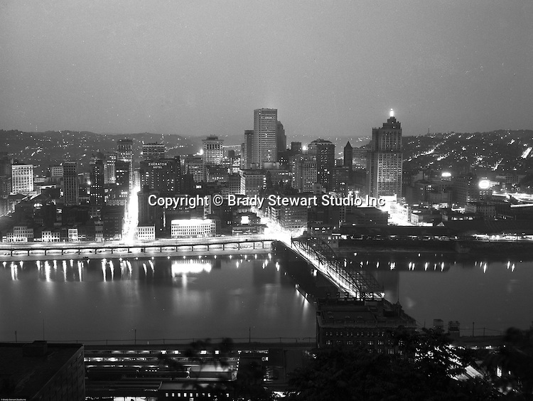 Pittsburgh PA - View of Pittsburgh, Smithfield Street Bridge and the P&LERR offices from Mount Washington - 1959