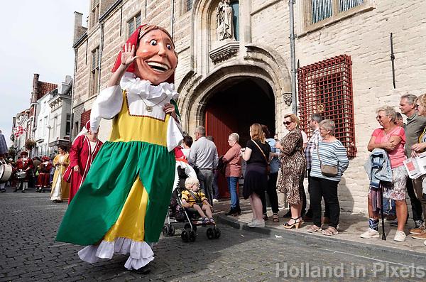 Nederland - Bergen op Zoom - 16 september 2018. Marieke van de Bergse Stadsreuzen.  Op zondag 16 september 2018 vindt in Bergen op Zoom de Brabant Stoet plaats. Dit is een grootst opgezet festival van de lopende cultuur. Deze vorm van cultuur is kenmerkend voor Brabant. In de Brabant Stoet zijn zo'n honderd vormen van lopende (en rijdende) cultuur te zien zoals gilden, fanfares, steltlopers, reuzen, carnaval, ommegangen en praalwagens. De Brabant Stoet wordt samengesteld met groepen uit zowel Noord-Brabant als Vlaams- en Waals-Brabant.   Foto Berlinda van Dam / Hollandse Hoogte
