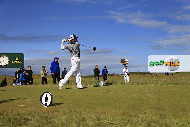 Louis Oosthuizen (RSA) tees off the 16th tee during Sunday's Round 3 of the 144th Open Championship, St Andrews Old Course, St Andrews, Fife, Scotland. 19/07/2015.<br /> Picture Eoin Clarke, www.golffile.ie