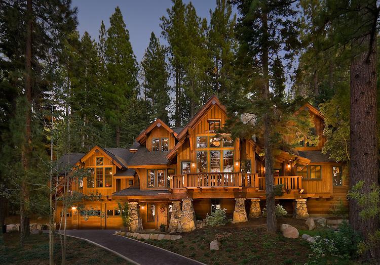 South Lake Tahoe ResidenceZirbel Architects