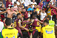 IBAGUÉ - COLOMBIA, 27-03-2019: Jugadores del Tolima celebran después de anotar el segundo gol durante partido por la fecha 13 de la Liga Águila I 2019 entre Deportes Tolima y Atlético Nacional jugado en el estadio Manuel Murillo Toro de la ciudad de Ibagué. / Players of Tolima celebrate after scoring the second goal during match for the date 13 as part of Aguila League I 2019 between Deportes Tolima and Atletico Nacional played at Manuel Murillo Toro stadium in Ibague. Photo: VizzorImage / Juan Carlos Escobar / Cont