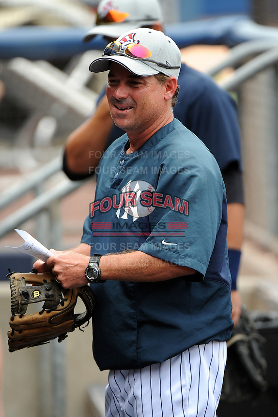 Staten Island Yankees manager Jody Reed (2) during first team workout at Richmond County Bank Ballpark at St. George in Staten Island, NY June 15, 2010.  Photo By Tomasso DeRosa/ Four Seam Images