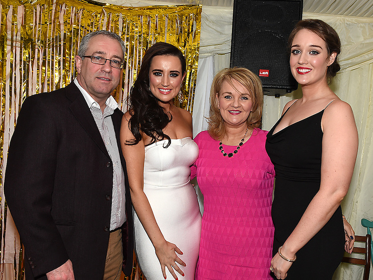 Emma Lynch celebrating her 30th birthday in D'Vine with parents Joe and Wendy and sister Rebecca. Photo:Colin Bell/pressphotos.ie