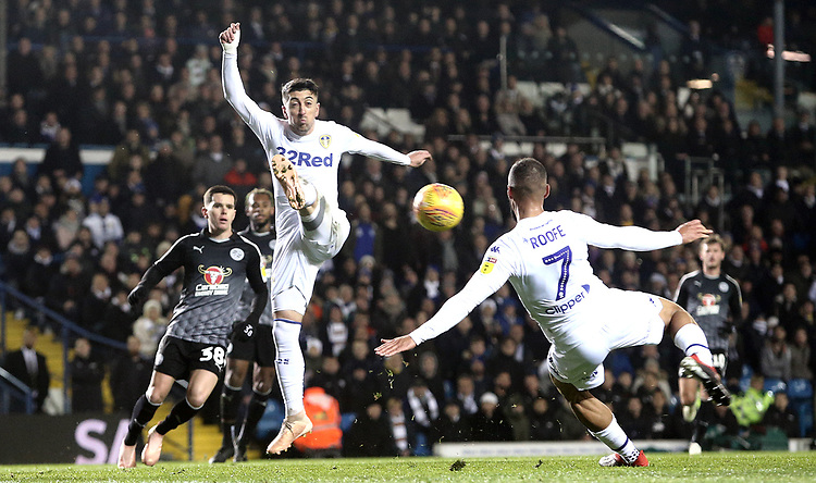 Leeds United's Kemar Roofe with a spectacular close range effort during the first half<br /> <br /> Photographer Rich Linley/CameraSport<br /> <br /> The EFL Sky Bet Championship - Leeds United v Reading - Tuesday 27th November 2018 - Elland Road - Leeds<br /> <br /> World Copyright © 2018 CameraSport. All rights reserved. 43 Linden Ave. Countesthorpe. Leicester. England. LE8 5PG - Tel: +44 (0) 116 277 4147 - admin@camerasport.com - www.camerasport.com