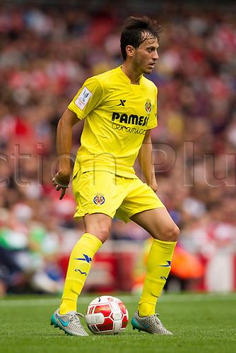 25.07.2015.  London, Engand. Emirates Cup. VfL Wolfsburg versus Villarreal. Jaume Costa (Villareal CF) on the ball.