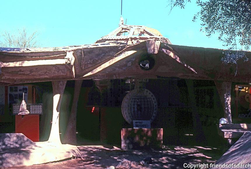 Paolo Soleri: Cosanti Foundation, Scottsdale, AZ. Sculptural form. Photo '77.