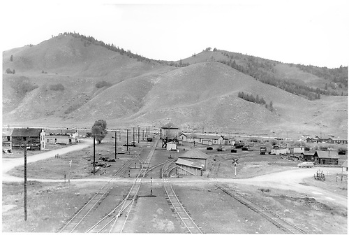 D&amp;RGW Sargent yard looking west from top of coaling trestle.  Roundhouse and warehouses are gone.<br /> D&amp;RGW  Sargent, CO  Taken by Horan, John F. - 7/6/1952