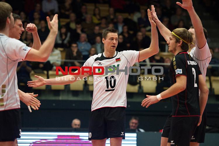 29.12.2013, Lotto Dome, Maaseik<br /> Volleyball, Belgien vs. Deutschland<br /> <br /> Jubel Deutschland - Jochen Sch&ouml;ps / Schoeps (#10 GER)<br /> <br />   Foto &copy; nordphoto / Kurth