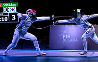 BOGOTA – COLOMBIA – 28 – 05 – 2017: Emese Szasz-Kovacs (Izq.) de Hungria, combate con A Lam Shin (Der.) de Corea, durante las Semifinales Damas Mayores Epee del Gran Prix de Espada Bogota 2017, que se realiza en el Centro de Alto Rendimiento en Altura, del 26 al 28 de mayo del presente año en la ciudad de Bogota.  / Emese Szasz-Kovacs (L) from Hungary, fights with A Lam Shin (R) from Korea, during Semi Finals Senior Women´s Epee of the Grand Prix of Espada Bogota 2017, that takes place in the Center of High Performance in Height, from the 26 to the 28 of May of the present year in The city of Bogota.  / Photo: VizzorImage / Luis Ramirez / Staff.