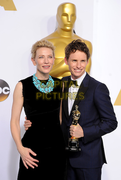 HOLLYWOOD, CA - FEBRUARY 22: Cate Blanchett and Eddie Redmayne with the award for Best Actor in a Leading Role at the 87th Annual Academy Awards at the Dolby Theatre on February 22, 2015 in Hollywood, California. <br /> CAP/MPI/PGFM<br /> &copy;PGFM/MPI/Capital Pictures Oscars