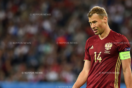Vasili Berezutski (Russia) ; <br /> June 15, 2016 - Football : Uefa Euro France 2016, Group B, Russia 1-2 Slovakia at Stade Pierre Mauroy, Lille Metropole, France. (Photo by aicfoto/AFLO)