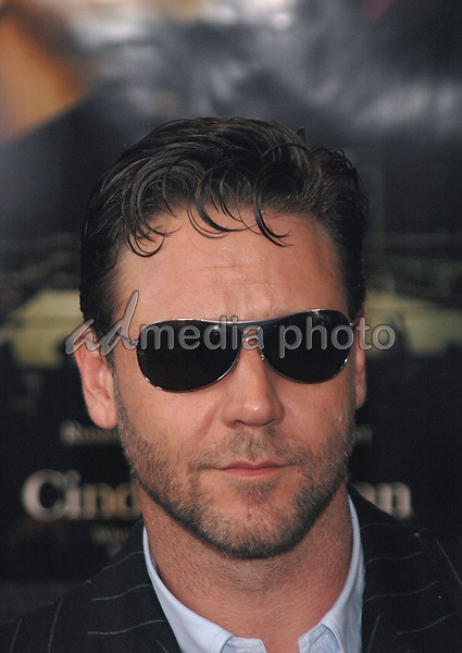 1June 2005 - New York, New York - Russell Crowe arrives at the New York premiere of her new film, &quot;Cinderella Man&quot; at the Loews Lincoln Square Theater. <br />Photo Credit: Patti Ouderkirk/AdMedia