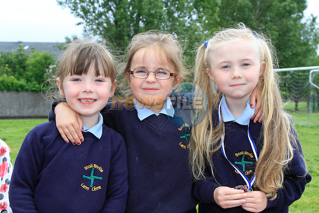 Katie mcgarry Kayleigh smith Samantha Nulty at the Scoil Bhride Sports Day in Dunleer.Picture www.newsfile.ie