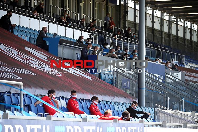 nph00250:  17.05.2020, Brita-Arena, Wiesbaden, GER, 2.FBL, Wehen-Wiesbaden vs VfB Stuttgart 17.05.2020 , <br /> Nur für journalistische Zwecke!<br /> <br /> Gemäß den Vorgaben der DFL Deutsche Fußball Liga ist es untersagt, in dem Stadion und/oder vom Spiel angefertigte Fotoaufnahmen in Form von Sequenzbildern und/oder videoähnlichen Fotostrecken zu verwerten bzw. verwerten zu lassen. <br /> <br /> Only for editorial use! <br /> <br /> DFL regulations prohibit any use of photographs as image sequences and/or quasi-video..<br /> im Bild<br /> Pressetribüne <br /> Foto: Robin Rudel/Pressefoto Rudel/Pool/via nordphoto / Bratic