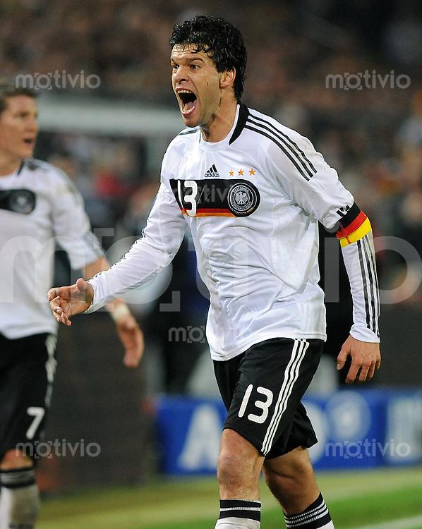 FUSSBALL   INTERNATIONAL   WM-QUALIFIKATION 2010 Deutschland - Russland                               11.10.2008 Michael BALLACK (Deutschland)