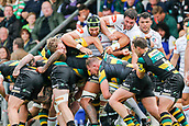 9th September 2017, Franklins Gardens, Northampton, England; Aviva Premiership Rugby, Northampton Saints versus Leicester Tigers; Graham Kitchener of Leicester Tigers attempts to disrupt the maul as Dylan Hartley of Northampton Saints drives forward