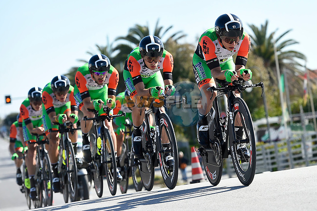 Bardiani-CSF team in action during the 1st stage of the race of the two seas, 52nd Tirreno-Adriatico by NamedSport a 22.7km Team Time Trial around Lido di Camaiore, Italy. 8th March 2017.<br /> Picture: La Presse/Fabio Ferrari | Cyclefile<br /> <br /> <br /> All photos usage must carry mandatory copyright credit (&copy; Cyclefile | La Presse)