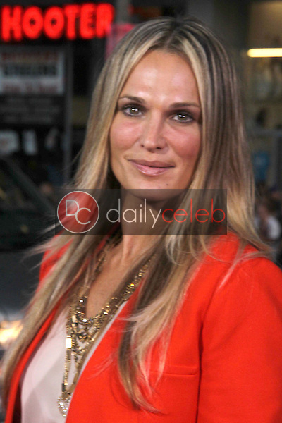 Molly Sims<br /> at the &quot;Rise of the Planet of the Apes&quot; Los Angeles Premiere, Chinese Theater, Hollywood, CA. 07-28-11<br /> David Edwards/DailyCeleb.com 818-249-4998