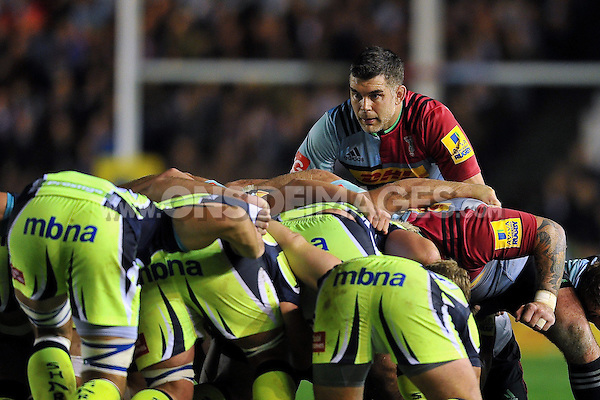 Nick Easter of Harlequins looks on at a scrum. Aviva Premiership match, between Harlequins and Sale Sharks on November 6, 2015 at the Twickenham Stoop in London, England. Photo by: Patrick Khachfe / Onside Images