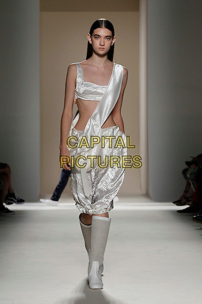 VICTORIA BECKHAM fashion show<br /> New York Fashion Week<br /> Ready to Wear, Spring Summer 16/17<br /> on September 11, 2016<br /> CAP/GOL<br /> &copy;GOL/Capital Pictures
