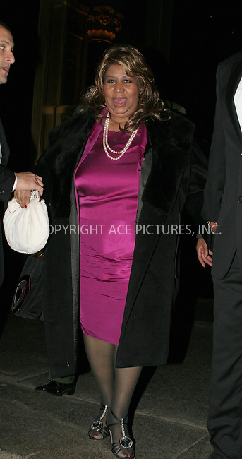 WWW.ACEPIXS.COM . . . . .  ....NEW YORK, OCTOBER 16, 2006....Aretha Franklin at the 'Americans For The Arts Present The National Arts Awards'....Please byline: NANCY RIVERA- ACEPIXS.COM.... *** ***..Ace Pictures, Inc:  ..Craig Ashby (212) 243-8787..e-mail: picturedesk@acepixs.com..web: http://www.acepixs.com