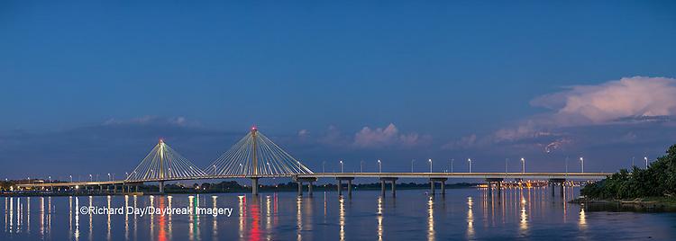 63895-15510 Clark Bridge over Mississippi River at dusk Alton, IL