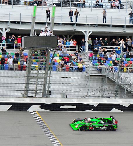 28-31  January, 2016, Daytona Beach, Florida USA<br />  2, Honda HPD, Ligier JS P2, P, Scott Sharp, Ed Brown, Joannes van Overbeek, Luis Felipe Derani  takes the checkered flag and overall victory.<br /> ©2016, Richard Dole<br /> LAT Photo USA