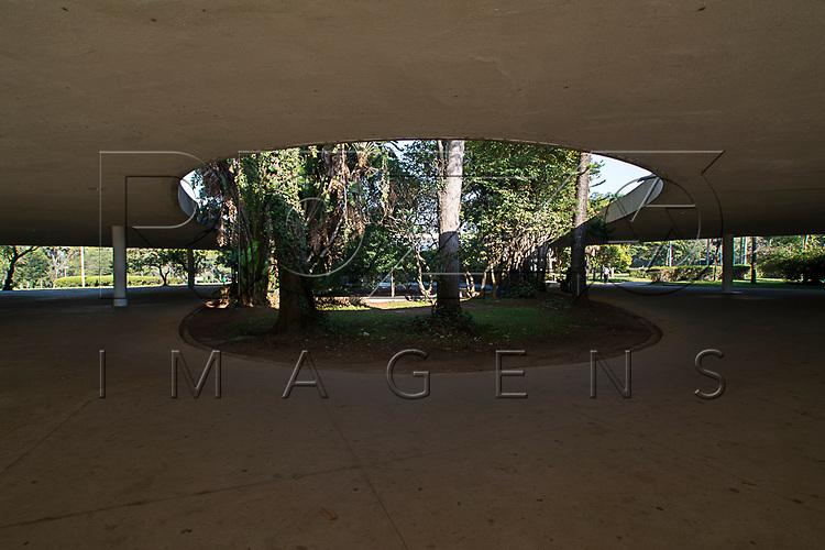 Marquise do Parque do Ibirapuera, São Paulo - SP, 06/2016.