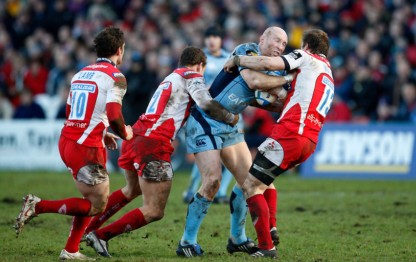 Photo: Richard Lane/Richard Lane Photography. Gloucester Rugby v Cardiff Blues. Heineken Cup. 18/01/2009. Cardiff's Tim Shanklin attacks.