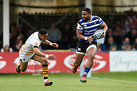 Joe Cokanasiga of Bath Rugby goes on the attack. Gallagher Premiership match, between Bath Rugby and Wasps on May 5, 2019 at the Recreation Ground in Bath, England. Photo by: Patrick Khachfe / Onside Images