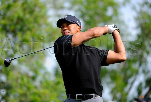 02.03.2013 Florida, USA. Tiger Woods tees off at the 11th hole  during the third round of the Honda Classic at the PGA National Resort & Spa in Palm Beach Gardens, FL.