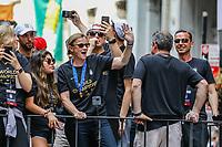 Nova York (EUA), 10/07/2019 -  Treinadora Jill Ellis da Seleção feminina de futebol dos Estados Unidos atual campeão da Copa do Mundo de Futebol Feminino 2019 é recebida pelos torcedores na cidade de Nova York nesta quarta-feira, 10. (Foto: William Volcov/Brazil Photo  Press)