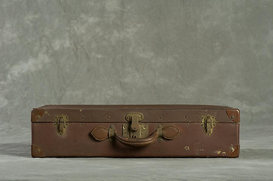 Willard Suitcases / James Co / ©2013 Jon Crispin