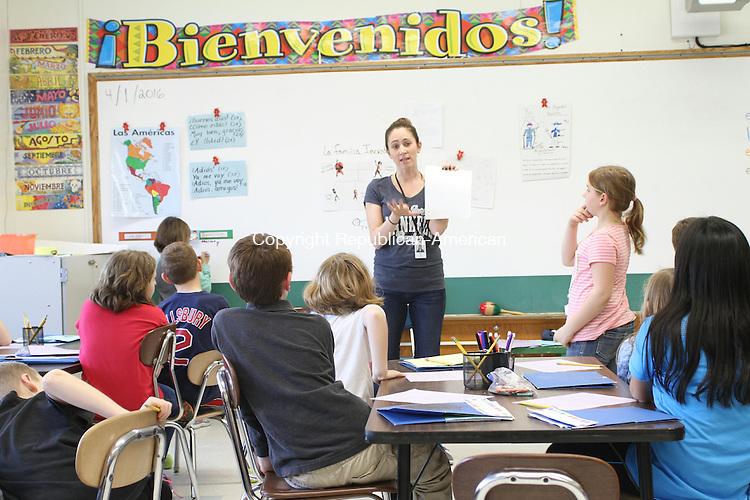 HARWINTON, CT, 01 April, 2016 - 040116LW01 - Sarah Urso teaches Spanish at Harwinton Consolidated School Friday.<br /> Laraine Weschler Republican-American