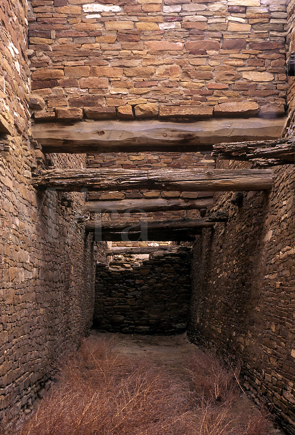 Passageway, stone masonry, timbers, Pueblo del Arroyo, Chaco Culture National Historical Park, New Mexico
