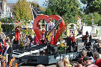 ALGEMEEN: DE KNIPE: Meijerweg, 06-10-2012, Knypster Merke, Allegorische optocht, 80e editie, 'Music was my first love' (#8), ©foto Martin de Jong