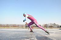 KORTEBAAN: BANTEGA: IJsvereniging de Polder, 16-01-2013, Schaatsseizoen 2012-2013, Kortebaanwedstrijd, Start, Jesper Hospes, ©foto Martin de Jong