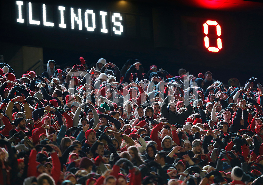 The score reads zero for the Illinois Fighting Illini as Ohio State Buckeye fans do the Ohio chant in the second quarter the college football game between the Ohio State Buckeyes and the Illinois Fighting Illini at Ohio Stadium in Columbus, Saturday night, November 1, 2014. (The Columbus Dispatch / Eamon Queeney)