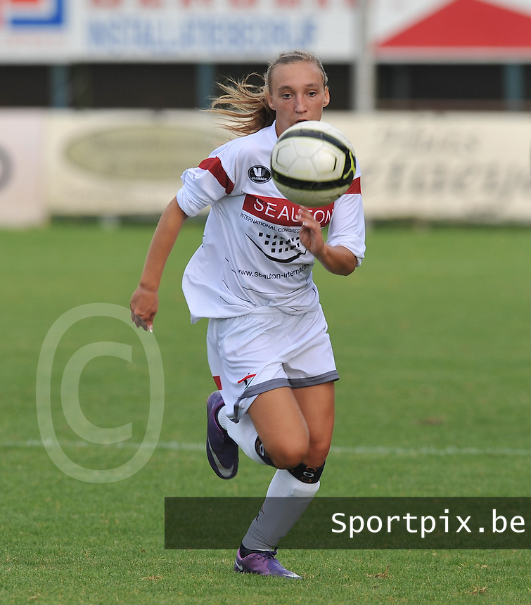 Club Brugge Dames - OHL Oud Heverlee Leuven Dames : Jessica Pironet in de spurt.Foto David Catry / Vrouwenteam.be