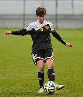 20141126 - TUBIZE , BELGIUM : Belgian Isabelle Iliano pictured during the Friendly female soccer match between Women under 19 / 21  teams of  Belgium and Turkey .Wednesday 26th November 2014 . PHOTO DAVID CATRY