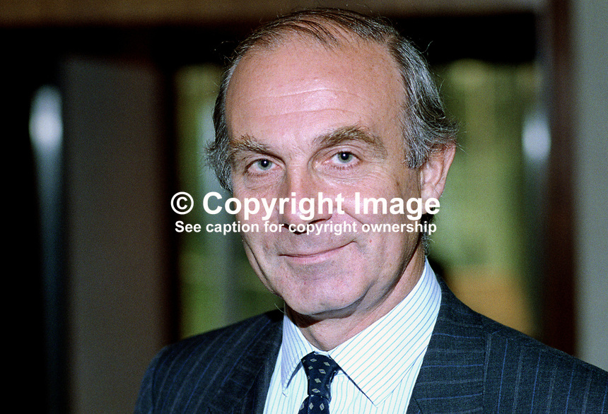 David Hart, Association of Headteachers, attendee, Liberal Democratic Party annual conference. 19920902DH..Copyright Image from Victor Patterson, 54 Dorchester Park, Belfast, United Kingdom, UK...For my Terms and Conditions of Use go to http://www.victorpatterson.com/Victor_Patterson/Terms_%26_Conditions.html