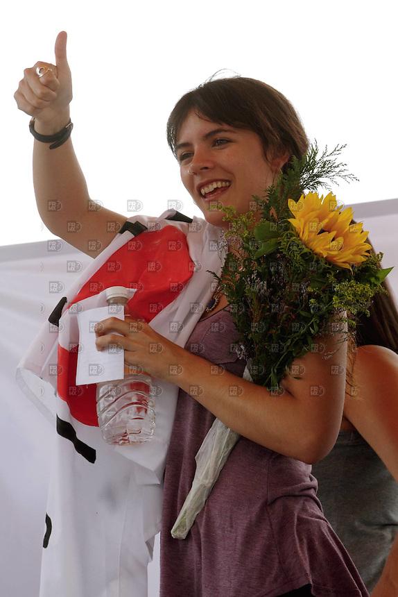 20614. México, D.F.-  La estudiante chilena, Camila Vallejo,  durante la conferencia de prensa en la UAM Xochimilco para dar a conocer sus actividades en la Ciudad de México, así como su adherencia al movimiento #YoSoy132.  NOTIMEX/FOTO/ALEJANDRO MELÉNDEZ/AMO/EDU/