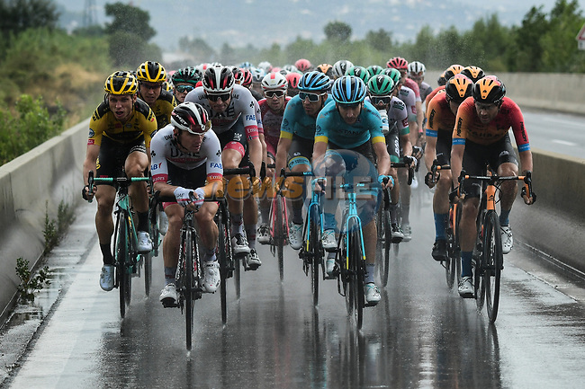 The peloton head towards Nice during a treacherous Stage 1 of Tour de France 2020, running 156km from Nice Moyen Pays to Nice, France. 29th August 2020.<br /> Picture: ASO/Alex Broadway | Cyclefile<br /> All photos usage must carry mandatory copyright credit (© Cyclefile | ASO/Alex Broadway)