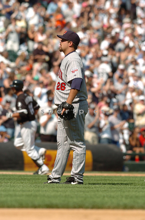 BOOF BOSNER, of the Minnesota Twins , in action during the  Twins  game against the Chicago White Sox in Chicago, IL  on July 7,  2007...White Sox  win 3-1...DAVID DUROCHIK / SPORTPICS.