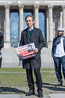 """Die Vereinigung der Verfolgten des Naziregimes - Bund der Antifaschistinnen und Antifaschisten (VVN/BdA) uebergab am Donnerstag den 7. Mai 2020 vor dem Deutschen Bundestag eine Petition """"8. Mai zum Feiertag machen"""" mit ueber 100.000 Unterschriften an Bundestagsabgeordnete.<br /> Die Organisation Ueberlebender des Nationalsozialismus moechte mit der Petition erreichen, dass der Tag der Befreiung ab 2021 in ganz Deutschland zum Feiertag erklaert wird und nicht nur einmalig 2020 im Bundesland Berlin.<br /> Im Bild: Hans Coppi jr., Sohn der Widerstandkaempfer Hans und Hilde Coppi. Seine Eltern waren Mitglied in der Widerstandorganisation """"Rote Kapelle"""" und wurden im Nationalsozialismus hingerichtet.<br /> 7.5.2020, Berlin<br /> Copyright: Christian-Ditsch.de<br /> [NUR FUER REDAKTIONELLE ZWECKE! Werbung nur auf Anfrage beim Fotografen. Inhaltsveraendernde Manipulation des Fotos nur nach ausdruecklicher Genehmigung des Fotografen. Vereinbarungen ueber Abtretung von Persoenlichkeitsrechten/Model Release der abgebildeten Person/Personen liegen nicht vor. NO MODEL RELEASE! Don't publish without copyright Christian-Ditsch.de, Veroeffentlichung nur mit Fotografennennung, sowie gegen Honorar, MwSt. und Beleg. Konto: I N G - D i B a, IBAN DE58500105175400192269, BIC INGDDEFFXXX, Kontakt: post@christian-ditsch.de<br /> Bei der Bearbeitung der Dateiinformationen darf die Urheberkennzeichnung in den EXIF- und  IPTC-Daten nicht entfernt werden, diese sind in digitalen Medien nach §95c UrhG rechtlich geschuetzt. Der Urhebervermerk wird gemaess §13 UrhG verlangt.]"""