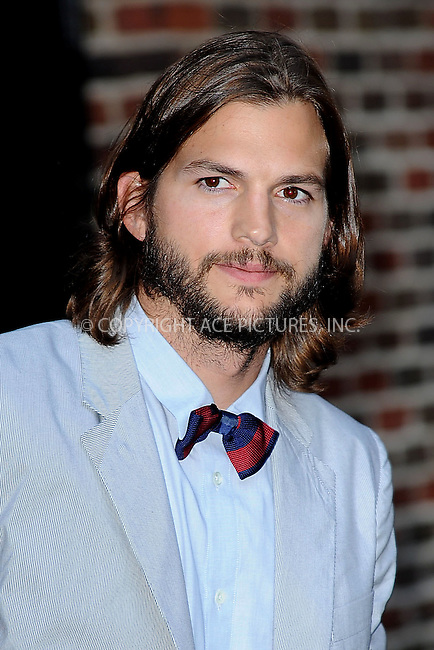 WWW.ACEPIXS.COM . . . . . .August 24, 2011...New York City... Ashton Kutcher visits the Late Show with David Letterman on August 24, 2011 in New York City....Please byline: KRISTIN CALLAHAN - ACEPIXS.COM.. . . . . . ..Ace Pictures, Inc: ..tel: (212) 243 8787 or (646) 769 0430..e-mail: info@acepixs.com..web: http://www.acepixs.com .