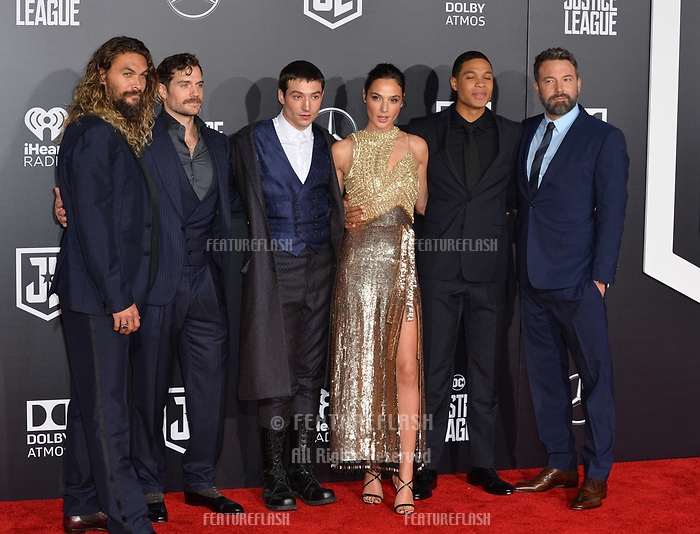 Jason Momoa, Henry Cavill, Ezra Miller, Gal Gadot, Ray Fisher, Ben Affleck at the world premiere for &quot;Justice League&quot; at The Dolby Theatre, Hollywood. Los Angeles, USA 13 November  2017<br /> Picture: Paul Smith/Featureflash/SilverHub 0208 004 5359 sales@silverhubmedia.com
