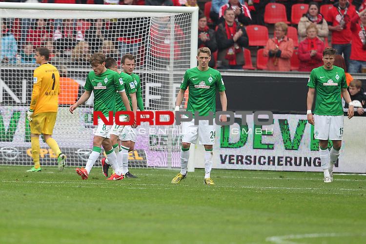 27.04.2013, BayArena, Leverkusen, GER, 1. FBL, Bayer 04 Leverkusen vs SV Werder Bremen, im Bild<br /> Sebastian Mielitz (Torwart Bremen), Nils Petersen (Bremen #24), Zlatko Junuzovic (Bremen #16), Clemens Fritz (Bremen #8) und Sebastian Pr&ouml;dl (Bremen #15) entaeuscht / ent&auml;uscht / traurig<br /> <br /> Foto &copy; nph / Mueller